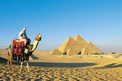 Pyramids of Giza, Sphinx and Egyptian Museum day tour